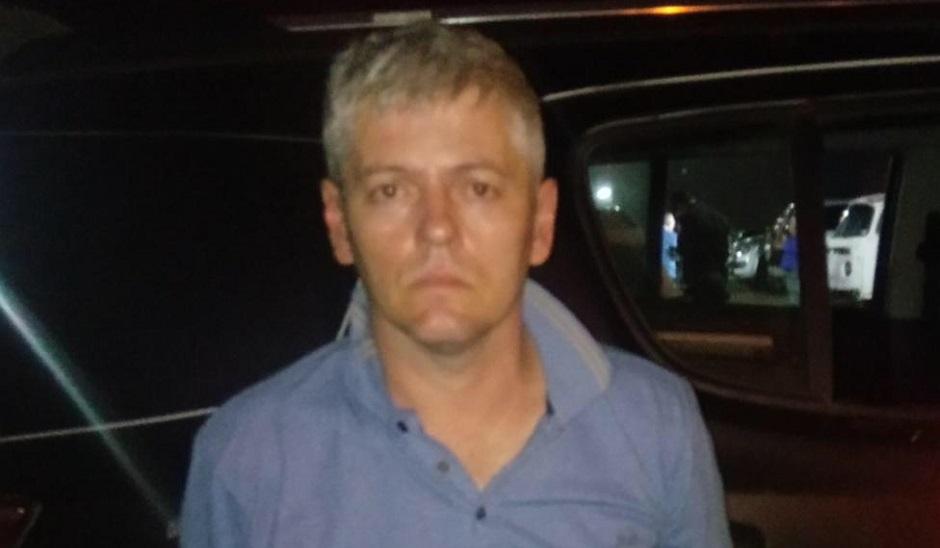 Joarez Carlos Marchiori, 41, foi preso em Goiás por associação com bando responsável por roubo e adulteração veicular: comparsa rompeu tornozeleira e fica em prisão domiciliar (Foto: PM-GO)