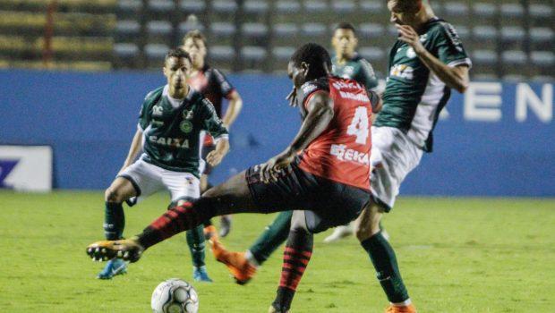 Fora de casa, Goiás vence o Oeste e garante seu retorno à Série A