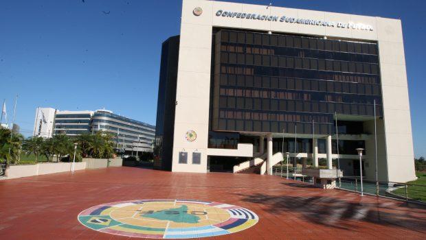 Final da Libertadores será dia 8 ou 9 de dezembro, fora da Argentina Local e horário do jogo ainda serão definidos