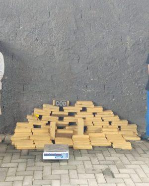PM-GO apreende 150 kg de maconha no Setor Santa Genoveva, em Goiânia-GO