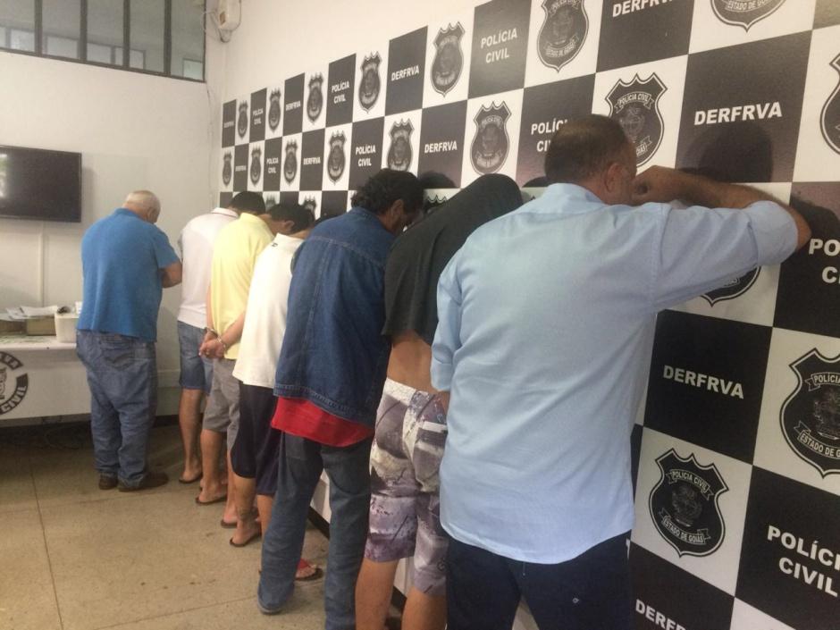 Polícia Civil prende dez suspeitos de falsificar documentos