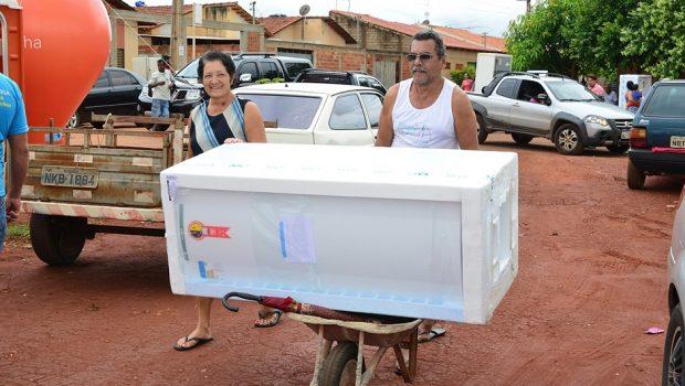 Enel troca geladeiras no bairro Buena Vista I, em Goiânia, a partir desta quarta-feira