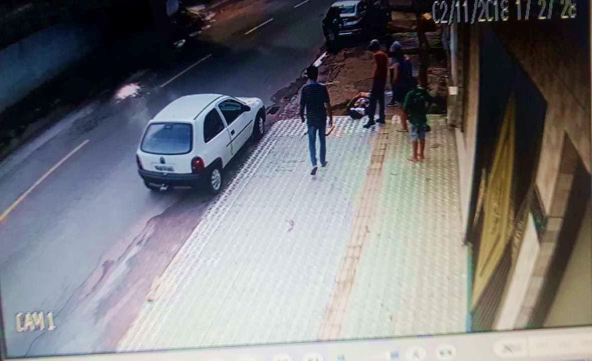 Guerra de torcidas organizadas: torcedor Ryan Borges, 17, foi agredido e morreu no hospital (Foto: Reprodução / Whatsapp)