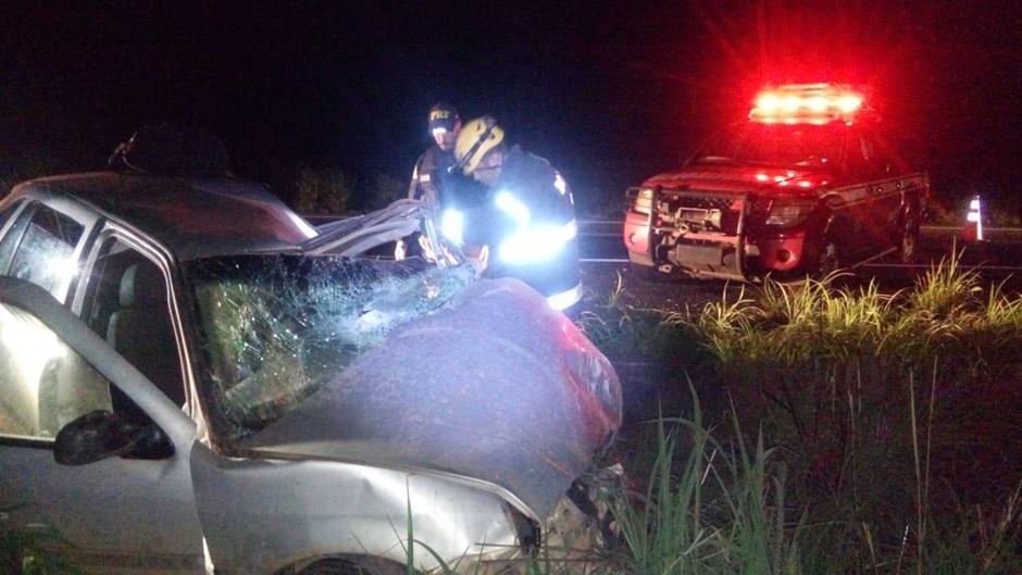 Mulher morre e dois adolescentes ficam feridos após acidente na BR-020, em Vila Boa