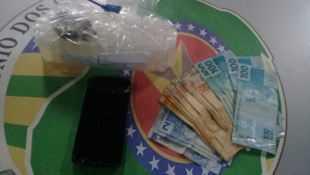 Quatro pessoas são presas com drogas que seriam vendidas em festa rave em Goiânia