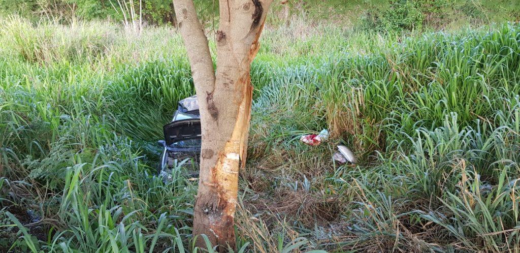 Acidente mata mãe e filho de 4 anos na BR-153, em Piracanjuba