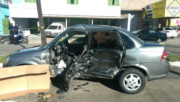 Acidente com dois carros tem vítima fatal no Setor Jardim América, em Goiânia