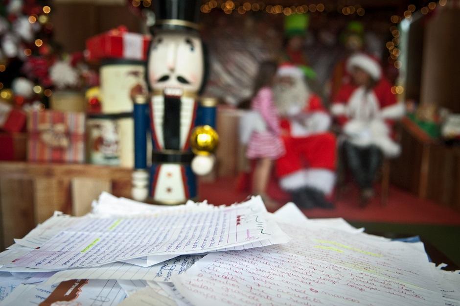 Cartas do Papai Noel dos Correios já podem ser adotadas pela internet