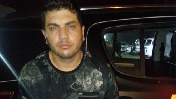 Após romper tornozeleira para vender caminhonetes roubadas, criminoso fica em prisão domiciliar