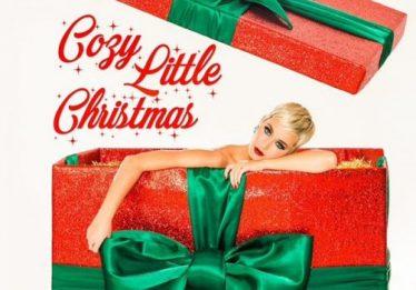'Cozy Little Christmas': Katy Perry lança faixa inédita para o Natal