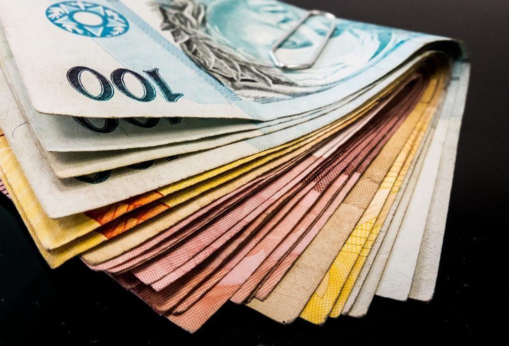 Resultado de imagem para Prefeitura de Natal paga folha de fevereiro dentro do mês trabalhado