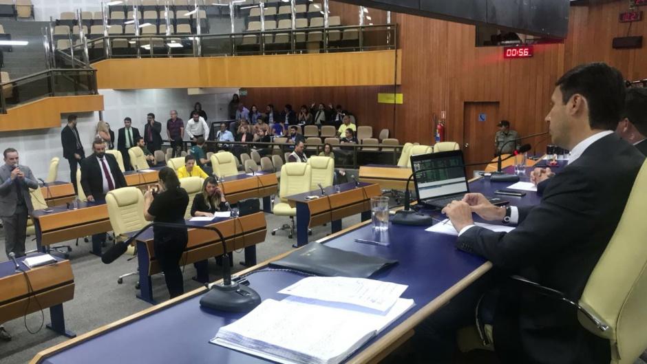 Vereadores aprovam projeto que proíbe o uso de fogos de artifícios em Goiânia