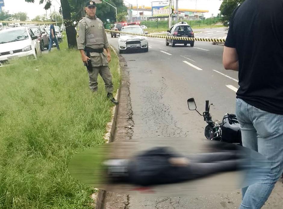 Agente da Polícia Técnico-científica reage e mata assaltante em rua de Goiânia