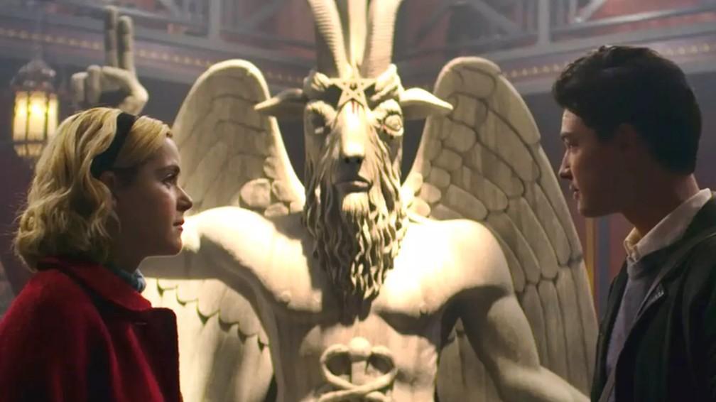 Templo Satânico faz acordo com Netflix e encerra ação sobre uso de estátua de Baphomet