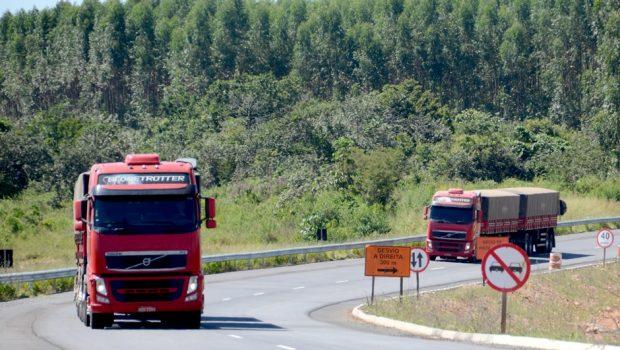 Rodovias estaduais terão restrição de veículos durante feriado de Ano Novo