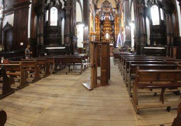 Atirador de Campinas é enterrado com música, padre e pedido de perdão
