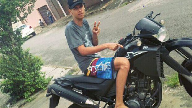Jovem morre após ser baleado na porta de bar em Anápolis