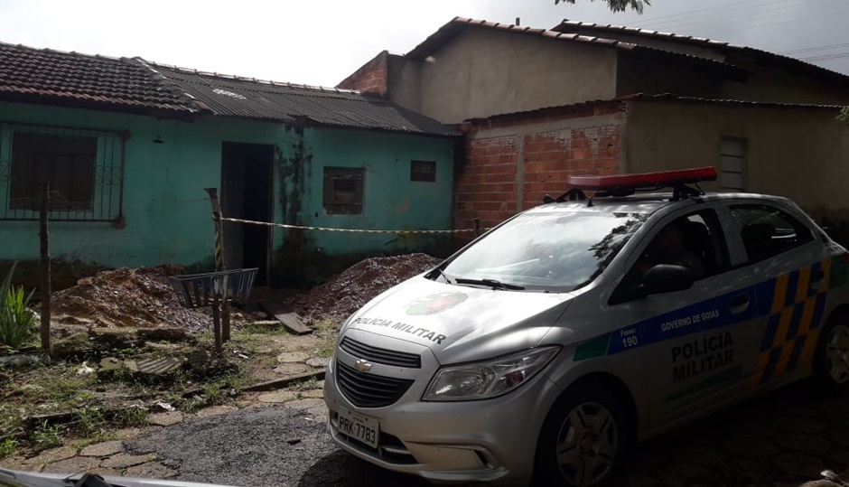 Mulher é morta a pedradas em Niquelândia; três homens são presos