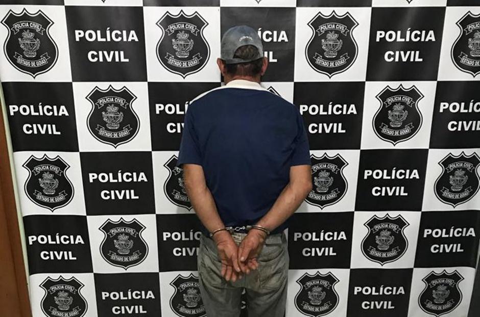 Homem é preso suspeito de abusar enteada de 12 anos, em Montes Claros de Goiás