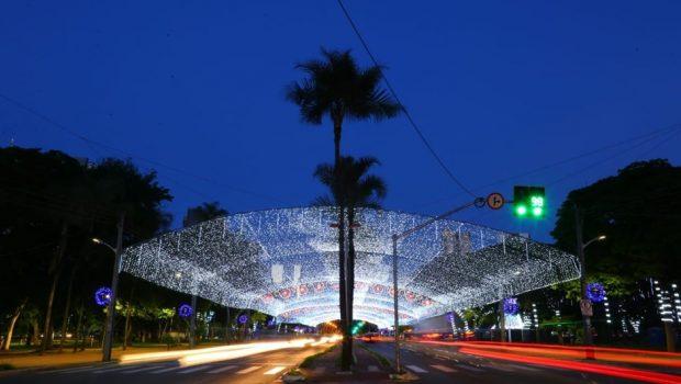 Prefeitura inaugura iluminação de Natal da Praça Tamandaré nesta quinta-feira