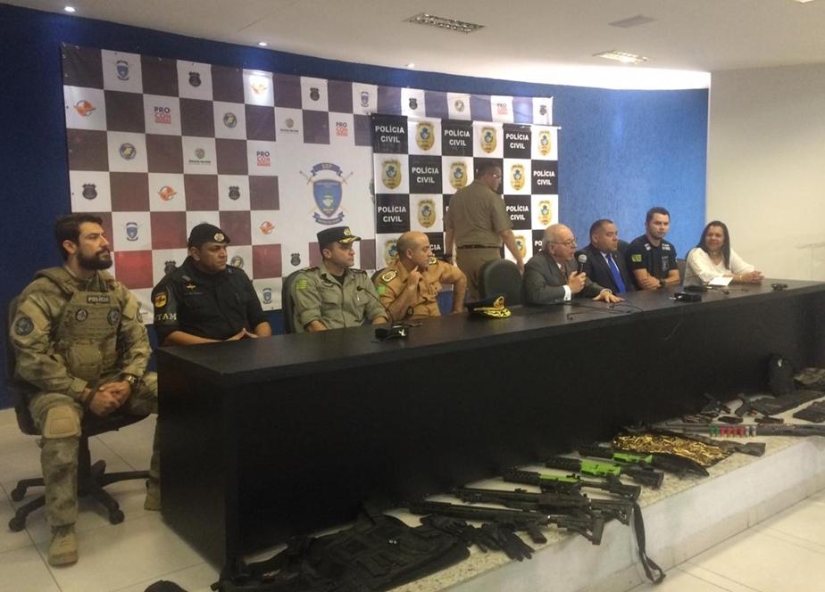 Quatro ladrões de bancos mortos em confronto com a polícia de Goiás são identificados