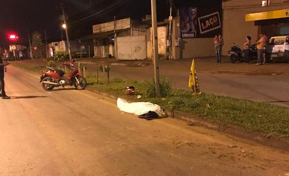 Mulher morre em acidente de trânsito na Perimetral Norte, em Goiânia