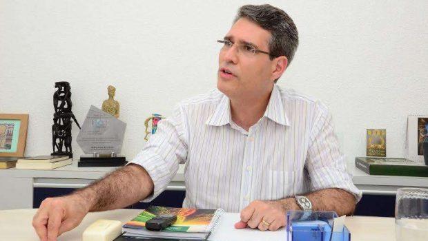 """""""Vou defender as reformas"""", diz deputado Francisco Jr."""