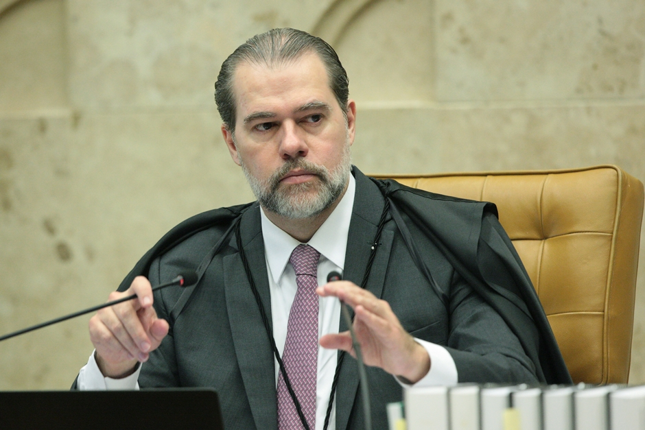 Toffoli derruba liminar e eleição para comando do Senado será secreta