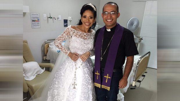 """""""Me sinto plena"""", diz paciente após se casar em hospital de Anápolis"""