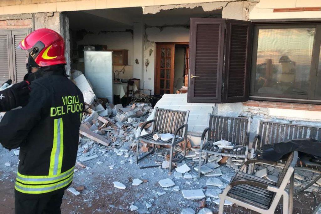 Terremoto na Sicília provoca deslocamento de pelo menos 600 pessoas