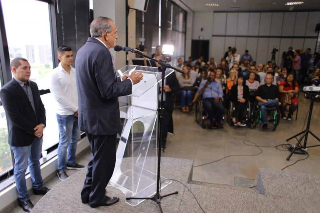 Prefeitura de Goiânia lança projetos de mobilidade voltados para pessoas com deficiência