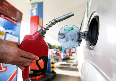 Etanol segue competitivo com gasolina em cinco Estados brasileiros, diz ANP