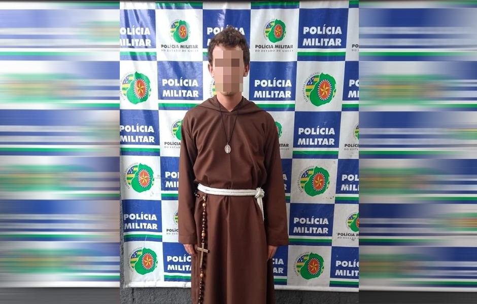 Homem que se passava por frade franciscano para aplicar golpes é preso, em Goiânia