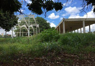 Falta de repasses estaduais compromete reforma de praça no Setor Pedro Ludovico