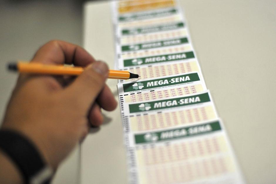 Mega-Sena pode pagar R$ 4 milhões no sorteio deste sábado