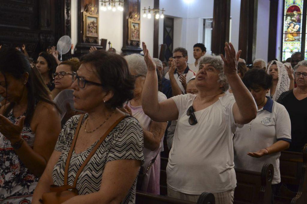Catedral de Campinas celebra missa em homenagem às vítimas de ataque