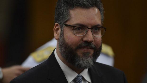 Maduro não foi convidado para posse de Bolsonaro, diz futuro chanceler