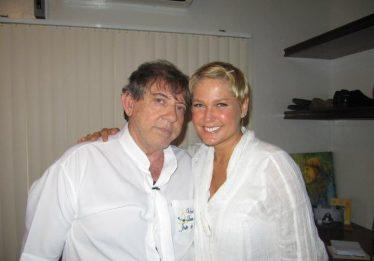 """""""Me enganei feio"""", diz apresentadora Xuxa sobre João de Deus"""