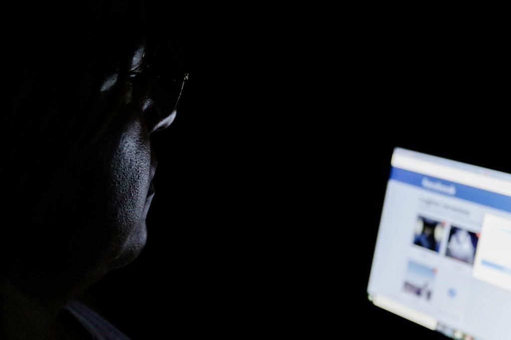 Para 61% da população mundial, ciberataques vão interferir em eleições