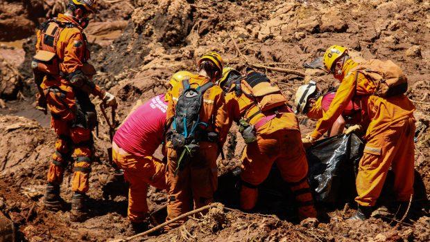 MPT pede que Vale indenize em R$ 5 milhões cada família das vítimas de Brumadinho