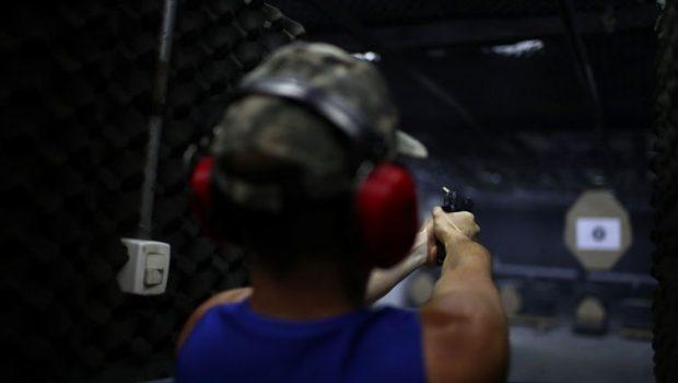 Defensores do porte de arma aguardam aprovação do novo texto
