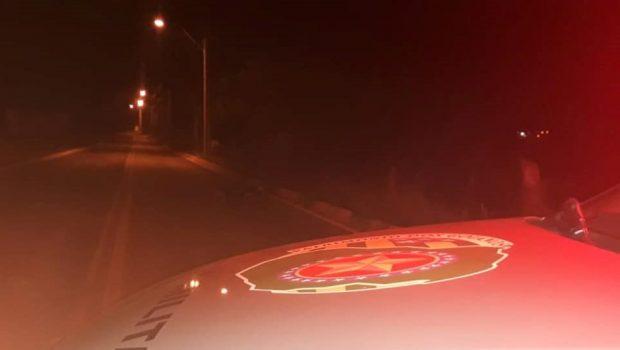 Jovem morre e outro fica ferido após serem baleados em saída de festa, em Caldas Novas