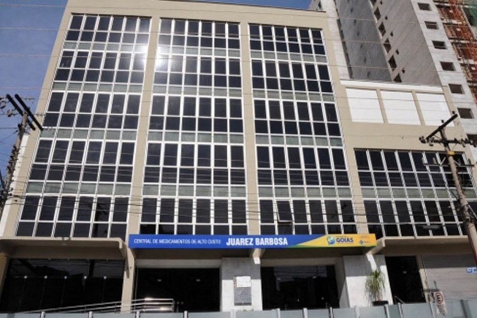 Pacientes enfrentam dificuldades para obter medicamentos de alto custo em Goiás