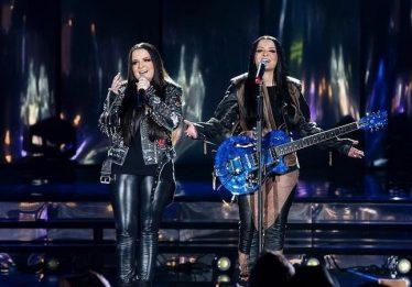 Maiara e Maraisa lançam clipe ao vivo de 'Não Abro Mão'