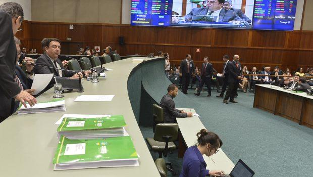 Alego aprova Orçamento e Reforma Administrativa em primeira votação