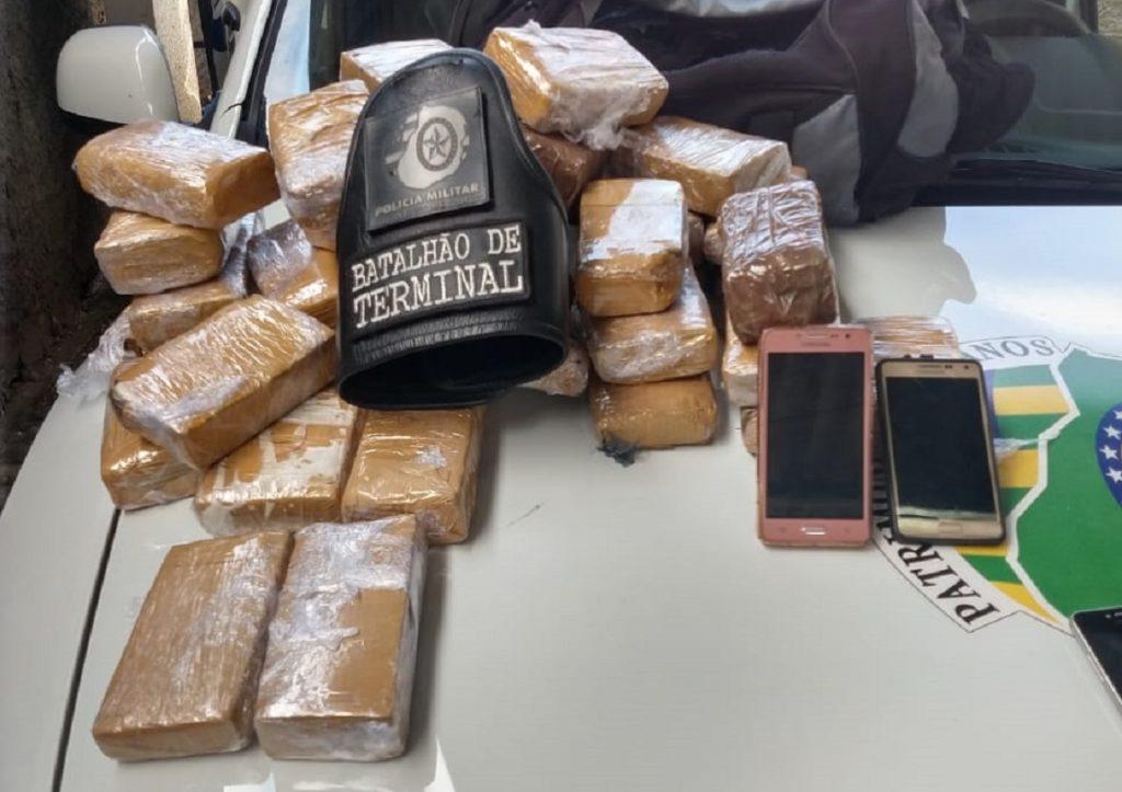 Casal é preso transportando 37 kg de maconha na Avenida Anhanguera