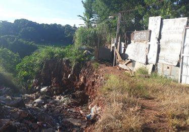 Mais de 500 famílias vivem em área de risco no Jardim Novo Mundo II, em Goiânia