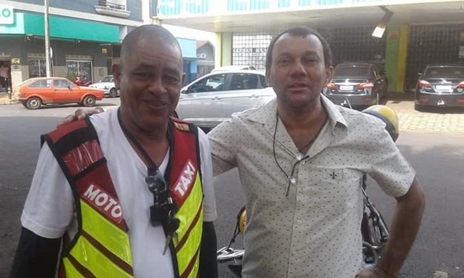 Mototaxista encontra pacote com R$ 17 mil e devolve ao dono, em Itumbiara