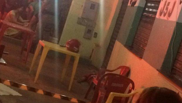 Três jovens morrem e um fica ferido após tiroteio em distribuidora de bebidas, em Goiânia
