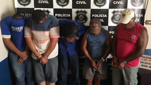 Quadrilha é presa após roubar carga de carreta tombada em Bom Jesus de Goiás